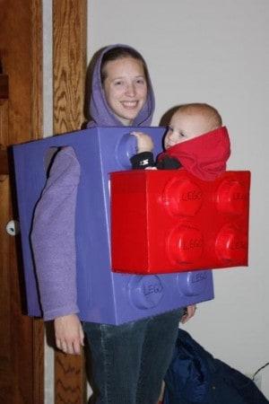 f84aa296 10 Disfraces frikis para bebés ¡en porteo!
