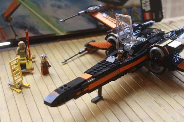 review x wing lego