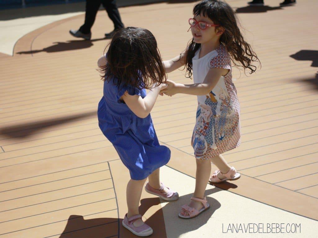 bailando en un crucero